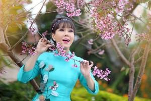 Việt Hương kể chuyện đón Tết ở