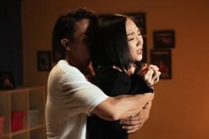 Tóc Tiên vẫn hợp tác với Hoàng Touliver sau chia tay