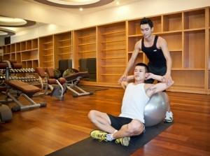 Tập gym có nên dùng thực phẩm bổ sung để tăng cơ bắp?